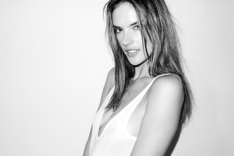 Alessandra Ambrosio 8