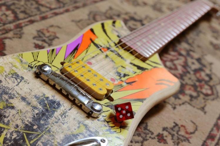 Skate Guitar 1