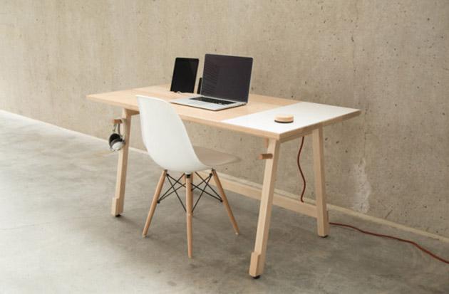 Artifox Desk 1
