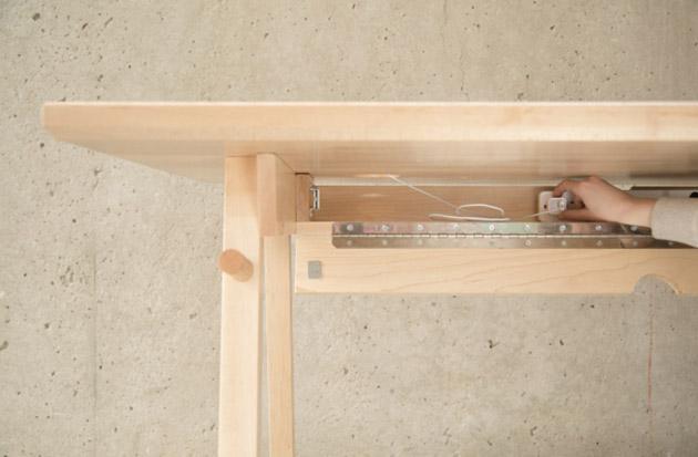 Artifox Desk 5